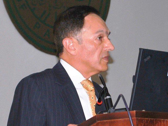 governor state bank of pakistan sbp yaseen anwar photo express file