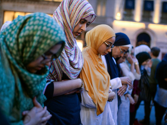 muslim women activists pray the maghrib sunset prayer before iftar outside trump tower in new york us on june 1 2017 photo reuters