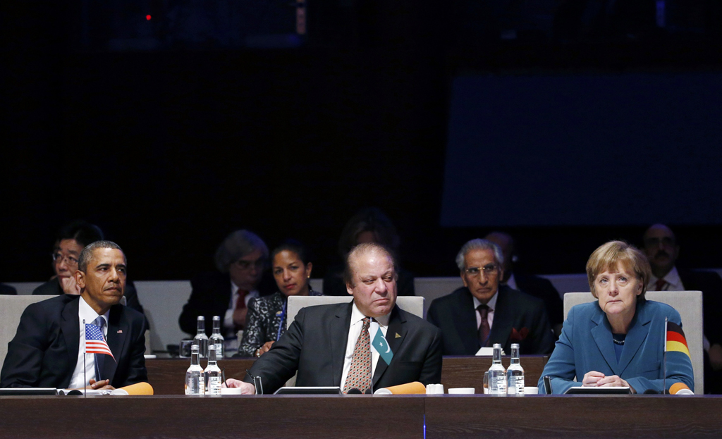 us president barack obama pakistan 039 s prime minister nawaz sharif and germany 039 s chancellor angela merkel l r attend attend the opening session of the nuclear security summit nss in the hague march 24 2014 photo reuters