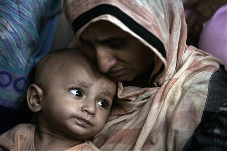 to protect mothers and children in the aftermath of disasters in pakistan the federal and provincial governments and civil society should ensure that every mother and newborn living in crisis areas has access to high quality healthcare photo file