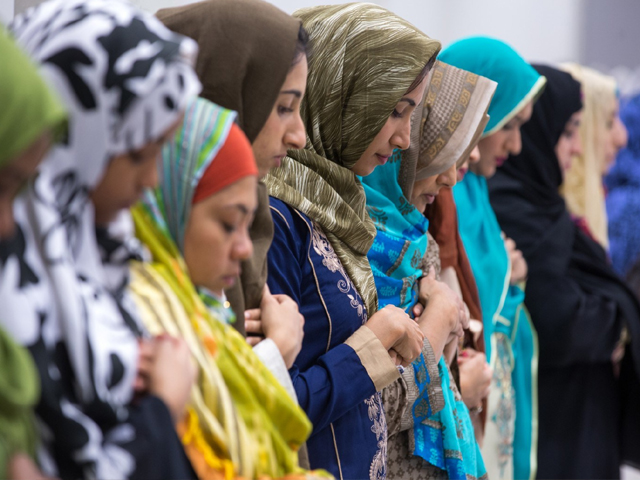 Muslims pray at the Dulles Expo Center during Eid al-Adha, the 'Feast of the Sacrifice', the second of two major holidays in Islam, September 12, 2016, in Chantilly, Vriginia. PHOTO: GETTY