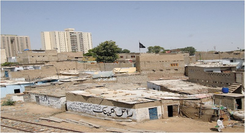 karachi has been unable to rely on itself for a multitude of reasons despite being the financial hub of the country photo farhan anwar