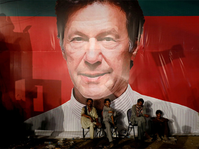 a dealer in hope why imran khan s leadership has become invaluable for pakistan