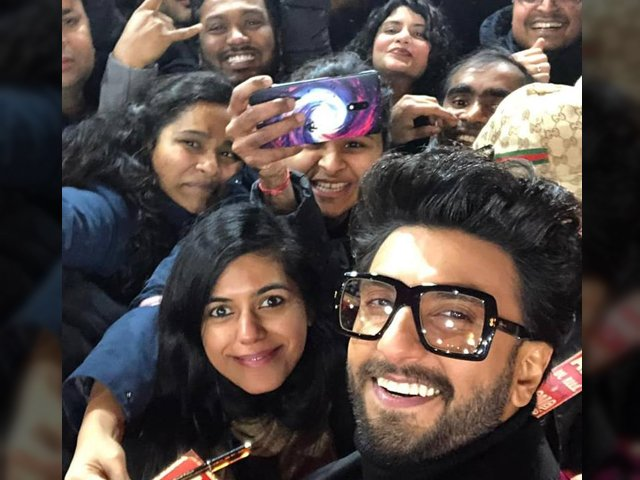 The city was rife with electricity and excitement as Singh and Bhatt both gave autographs and took selfies with fans. PHOTO: WARDA IMRAN