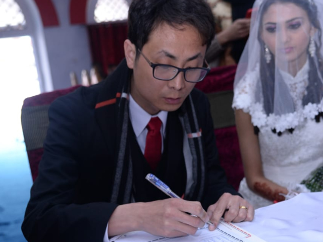 With the eruption of scores of cases of sham marriages, the Pakistan-China friendship is facing a menacing crisis. PHOTO: SYED AMJAD SHAH