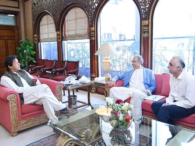 Prime Minister Imran Khan meets with Finance Minister Dr Hafeez Sheikh and FBR Chairman Shabbar Zaidi to discuss economic budget. PHOTO: FACEBOOK/ IMRAN KHAN