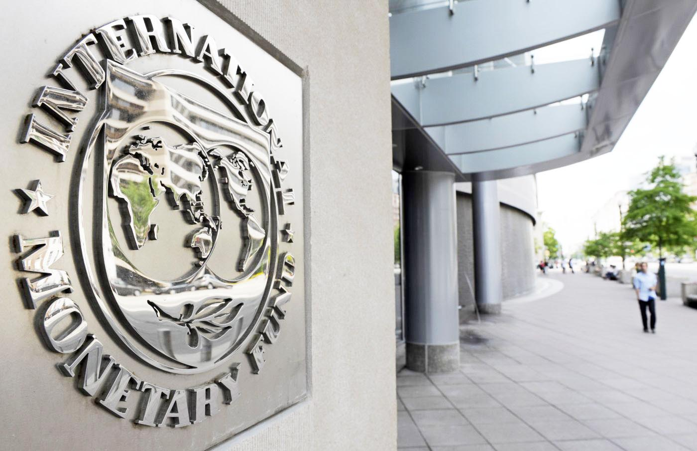 the government is expecting 1 billion policy loan from the wb and 400 million by the adb besides receiving another tranche of over 500 million from the imf photo afp