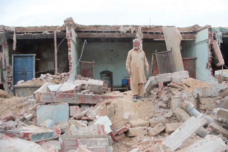 Shops razed to the ground in Swat. PHOTO: FAZAL KHALIQ/EXPRESS