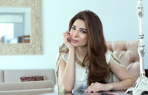 ayesha omar naturally talented effortlessly chic