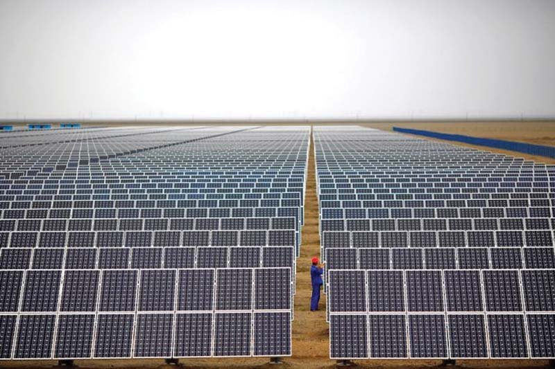 experts stress shift to solar power