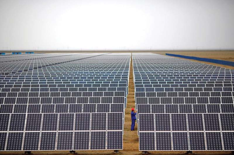 the qauid i azam solar park has been completed at a cost of 131 million in one year photo reuters