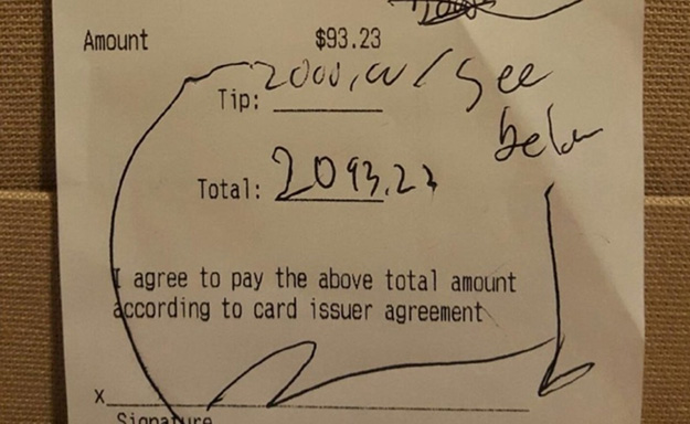 thank you for the gumbo he wrote on the bill photo yahoo