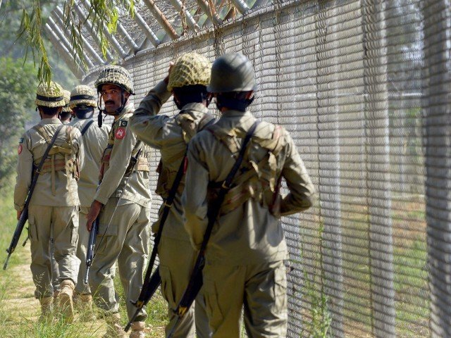 pakistani troops befittingly responded to indian shelling and firing photo afp