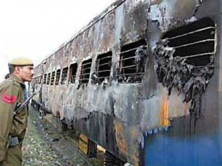 pakistan lodges protest with india over bail of main accused in samjhota express tragedy