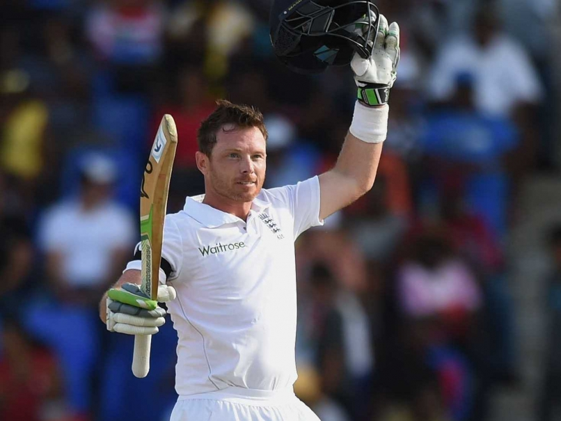 andrew strauss wants bell to carry on with england