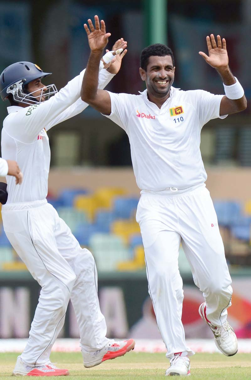 the final test rain ruins play on day one after sri lanka rattle india