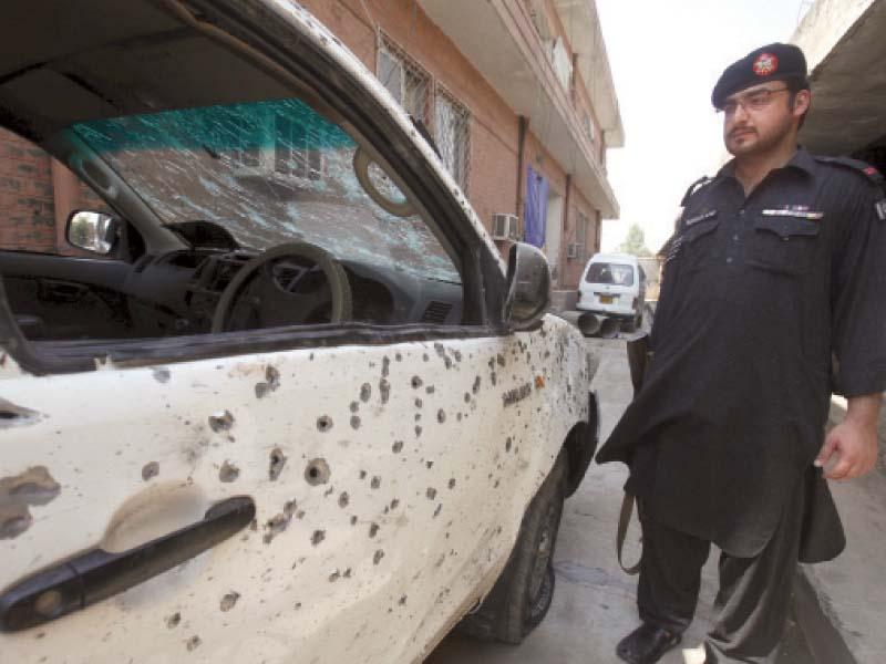 suicide bomber kills three in jamrud