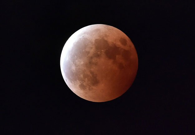 japan eyes moon exploration for water derived fuel