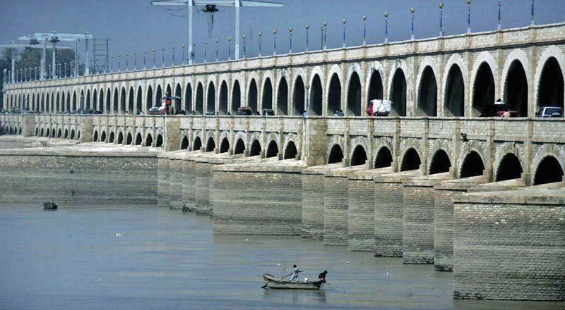 sukkur barrage repairs to cost rs25b