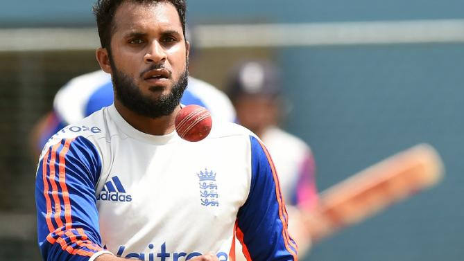 legend warne praises newcomer rashid