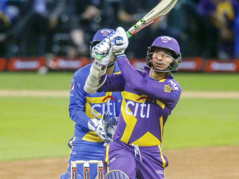 you ve been warned warriors claim 57 run win to take series 2 0