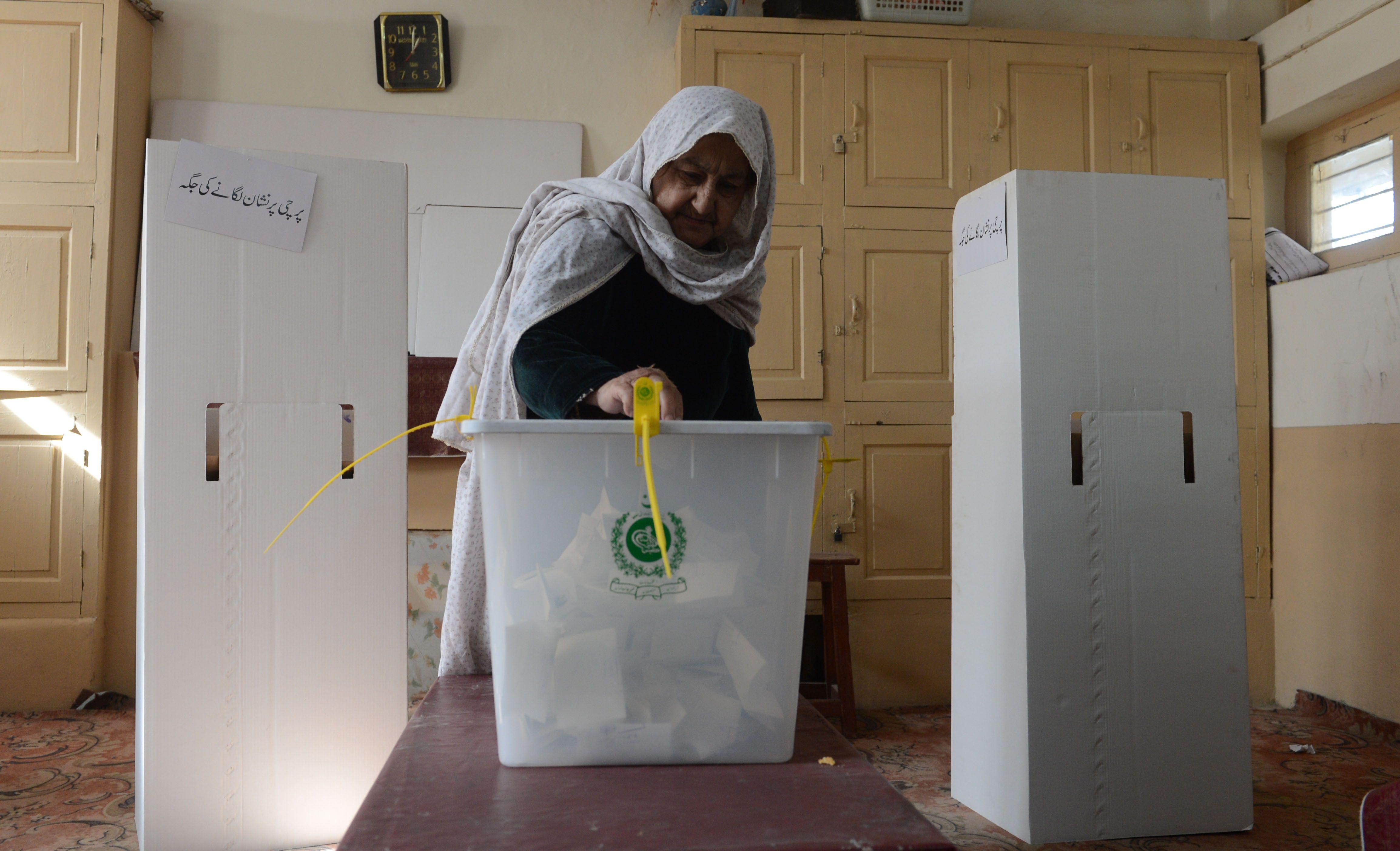 voting postponed contenders in sanghar frown at delay in polls