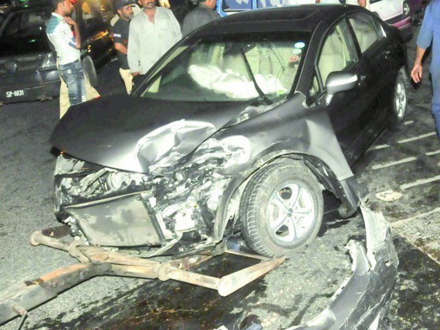 traffic tragedies punjab alone has 700 road crashes a day