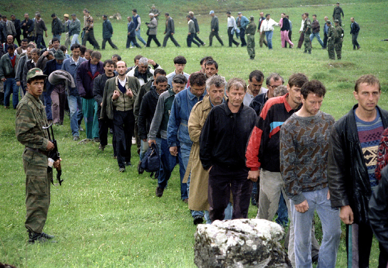 About 7,000 Croat civilians and some 700 soldiers fled to Serb-held territories under heavy Muslim attack. PHOTO: REUTERS