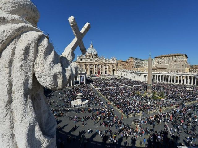 a view of st peter 039 s square in the vatican on march 29 2015 photo afp