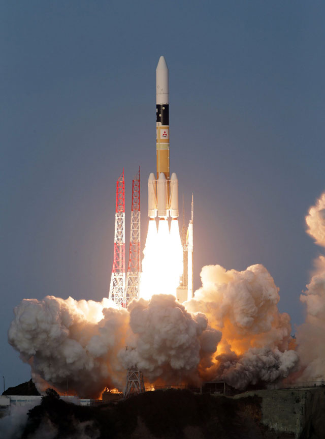 japan 039 s h 2a rocket lifts off from the launch pad at the tanegashima space center on japan 039 s southern island of tanegashgima in kagoshima prefecture on november 24 2015 photo afp