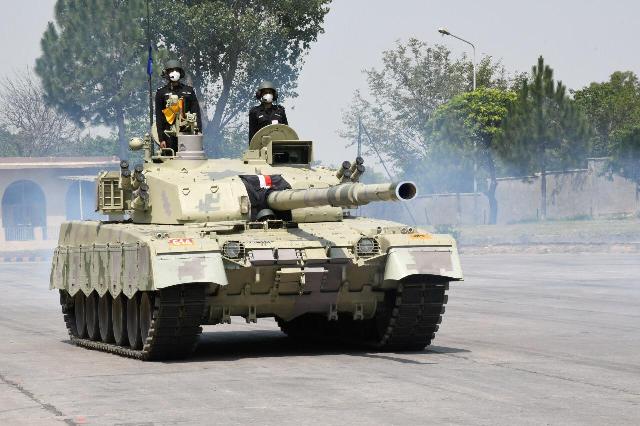 king of battlefield pakistan adds al khalid i tank to its arsenal