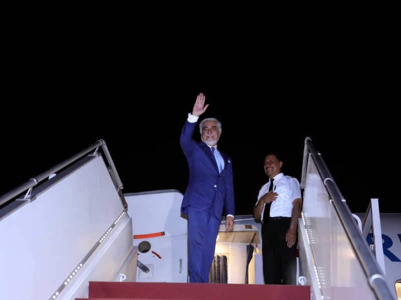 dr abdullah abdullah chairman afghanistan s high council for national reconciliation hcnr waves at the airport after concluding a three day official visit to pakistan photo twitter drabdullahce