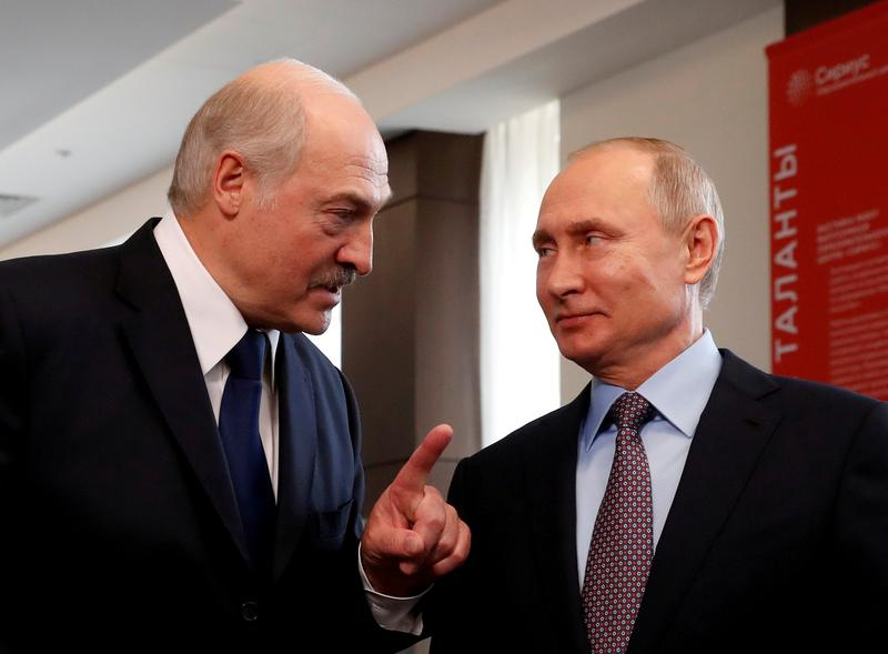 belarus leader in russia on mission to win putin s backing