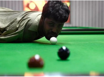 born without arms pakistani snooker player masters the game