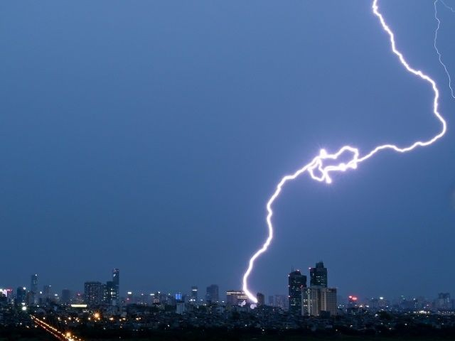 lightning strikes kill six in punjab