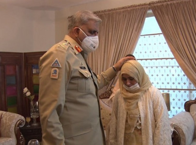 coas visits family of colonel martyred in tank operation