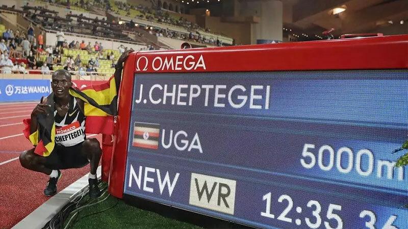 cheptegei smashes 5 000 metres world record