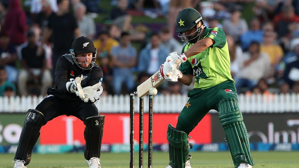 3 mistakes pakistan made against new zealand in second t20i