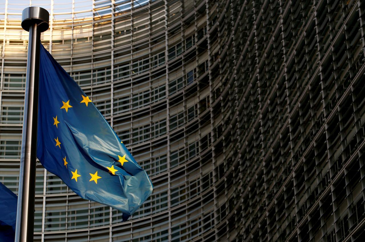 eu drafts rules to force big tech companies to share data