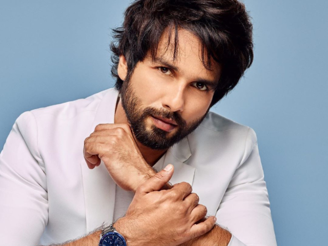 shahid kapoor bags rs 100 crore deal with netflix