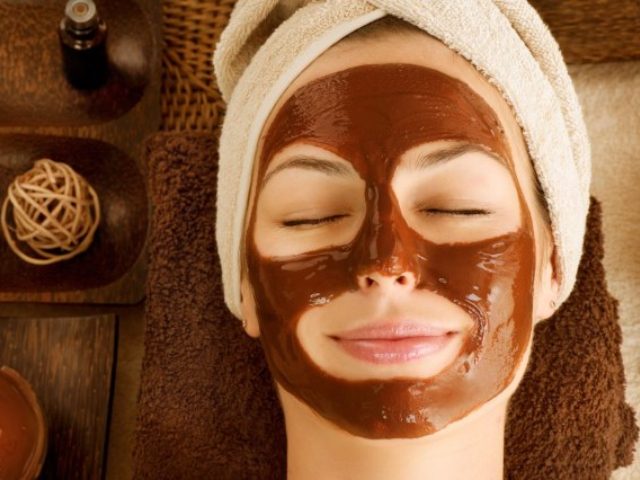 diy coffee mud mask that is the perfect solution for oily skin