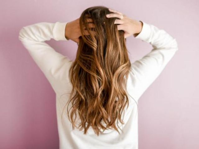 five ways to maintain healthy hair during monsoon