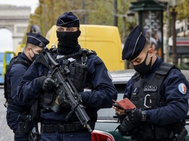 France arrests Pakistani origin suspects over attack on Charlie Hebdo ex-offices