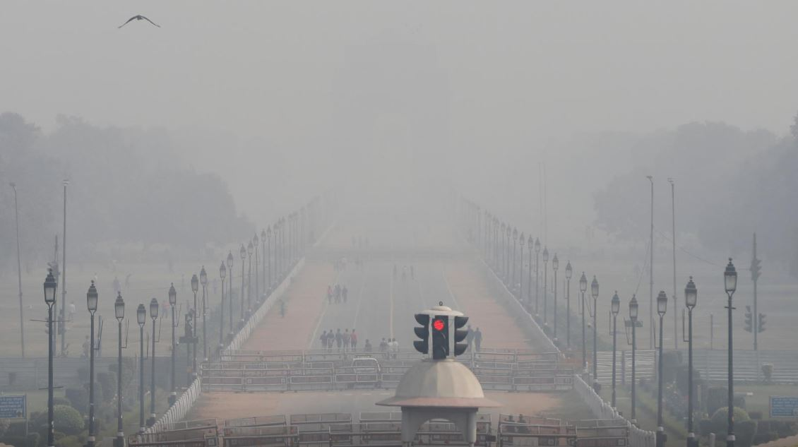 hundreds sign up for delhi race as it battles coronavirus surge pollution