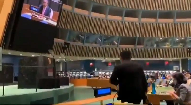India Snubs Pakistan's PM During UNGA Speech, Video Goes Viral
