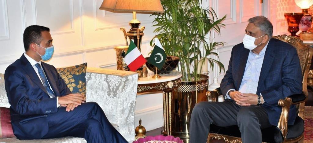 Il Ministro degli Esteri italiano Luigi Di Maio ha ricevuto il Capo di Stato Maggiore dell'Esercito Generale Qamar Javed Bajwa.  Foto: l'app