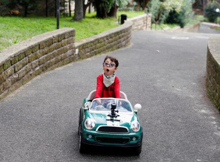 seven year old italian influencer challenges disability stereotypes