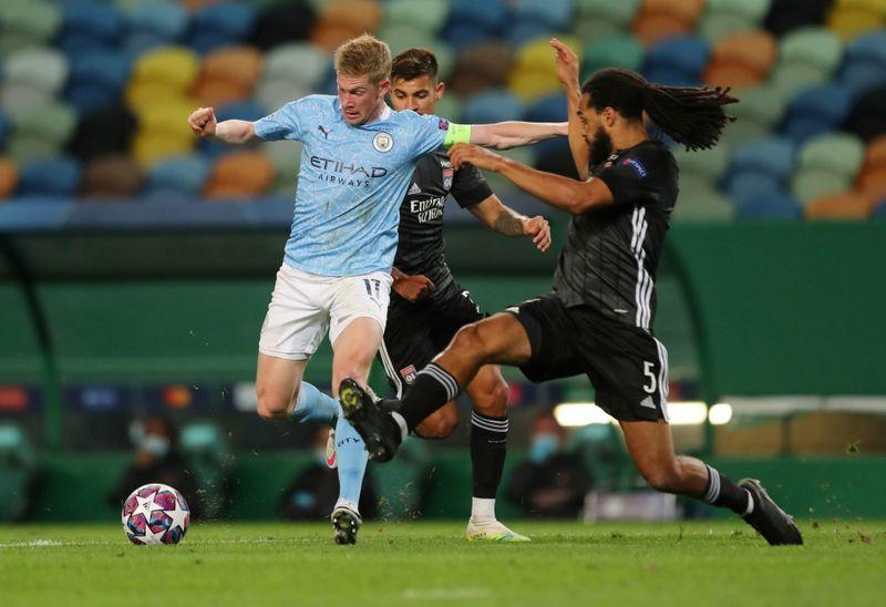 de bruyne lewandowski neuer on uefa player of the year shortlist