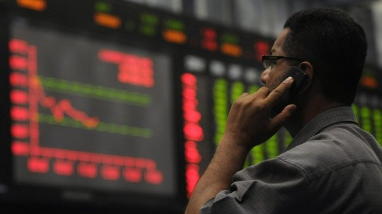 power of crowd lesson for pakistan from wall street fight
