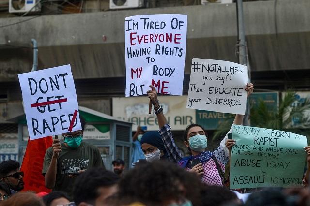 President Alvi approves new anti-rape ordinance